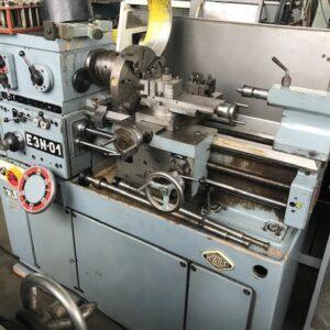 E3N-01 esztergagép
