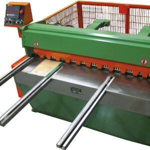 TKM szériás elektromos lemezvágó gépek